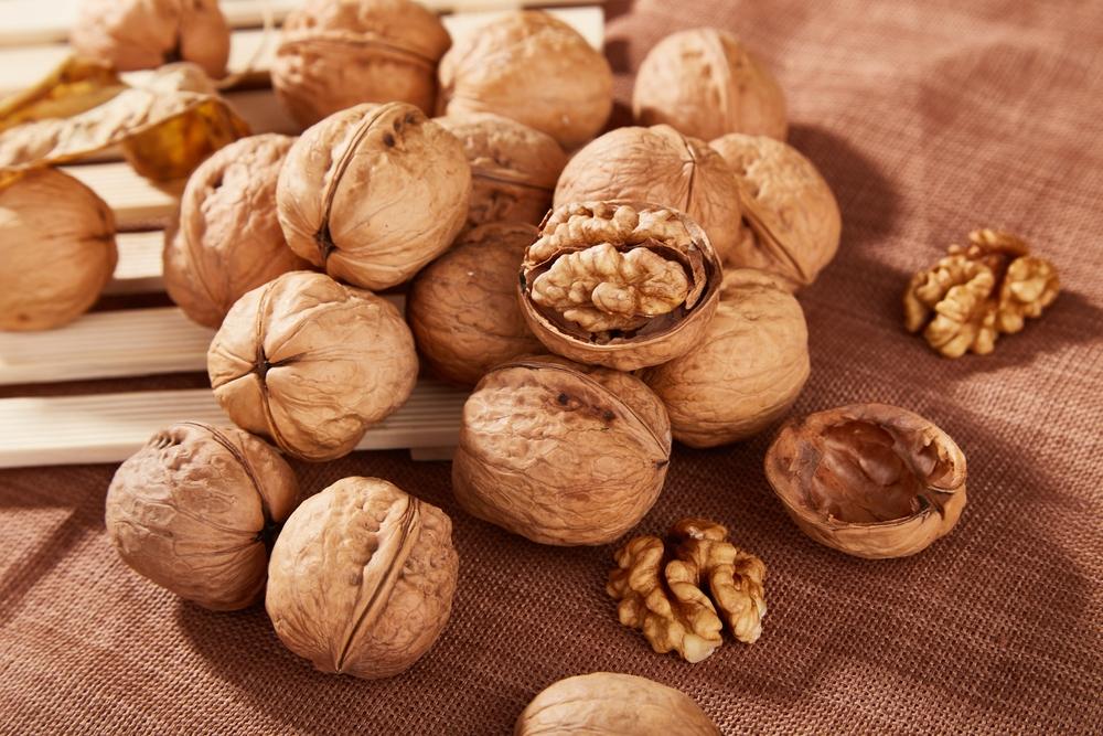 Alimentos ricos en triptófano: las nueces